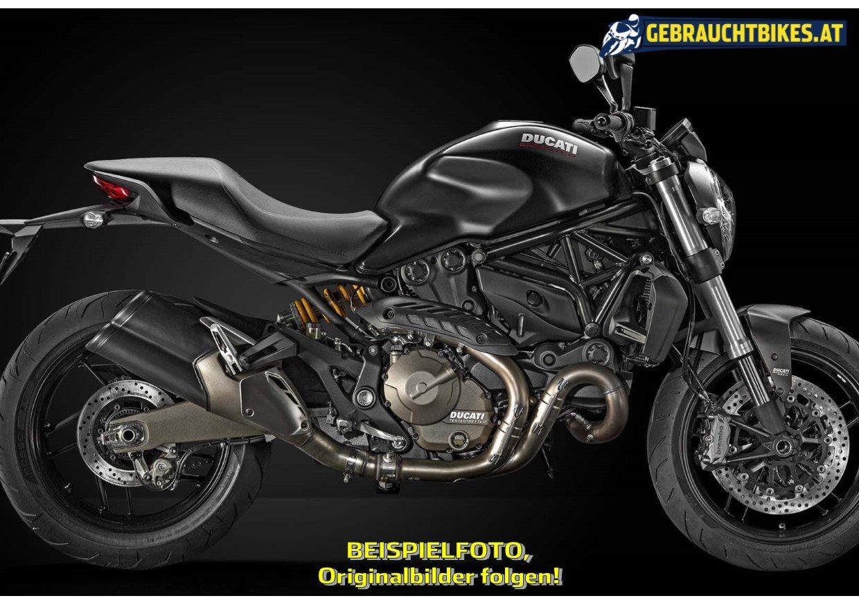 Ducati Monster 821 Motorrad, gebraucht