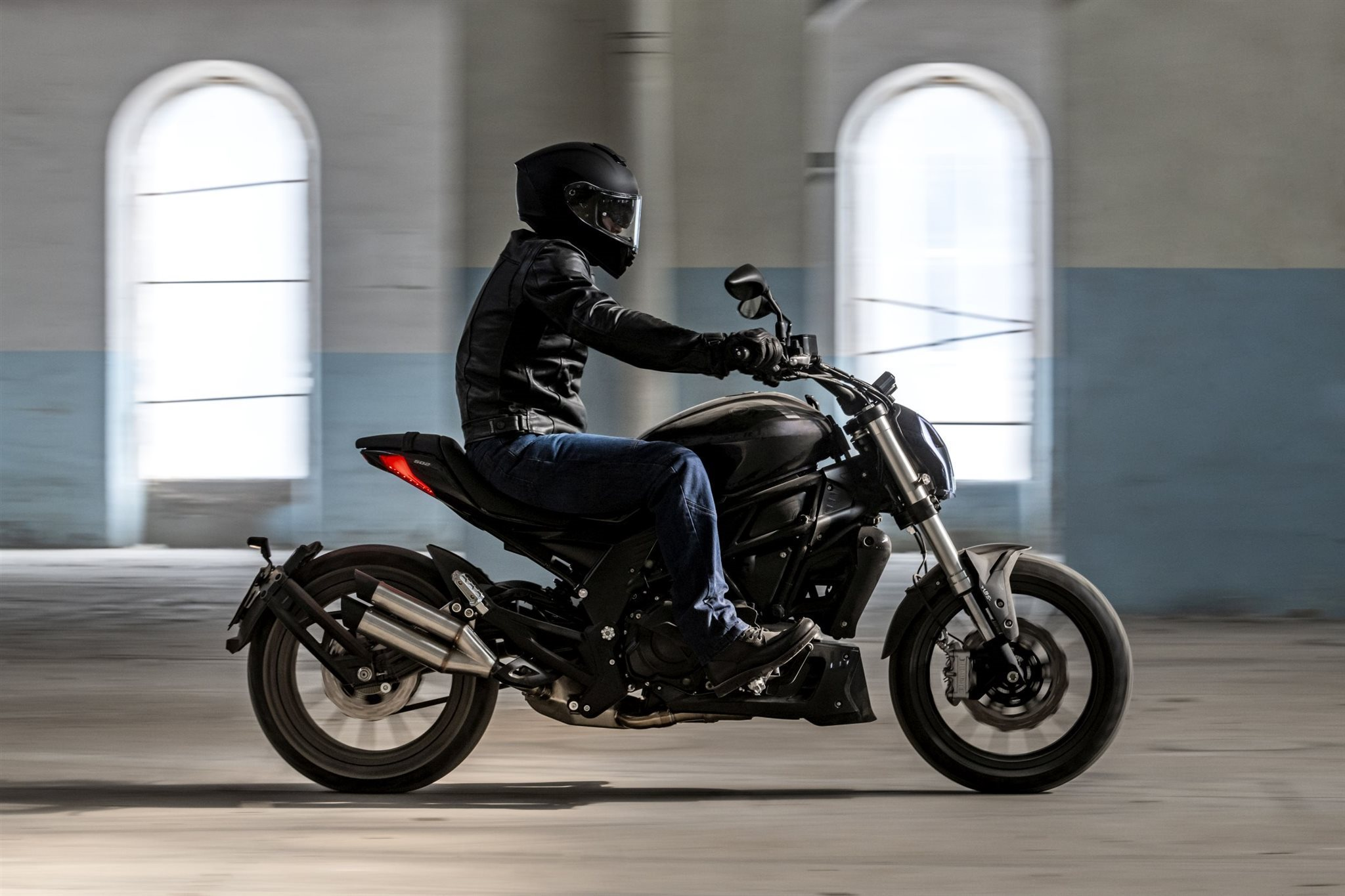 Benelli 502 C Motorrad, neu