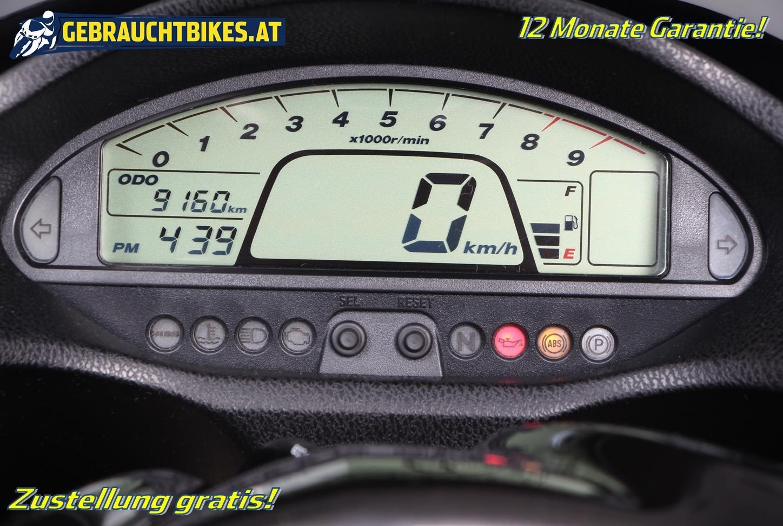 Honda DN-01 Motorrad, gebraucht