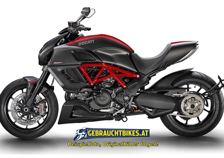 Ducati Diavel 1200 Motorrad, gebraucht